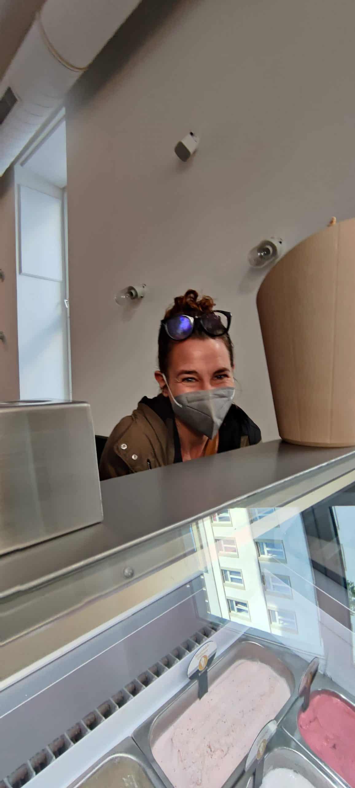 Anja mag Eis, mag Gäste aber vieel lieber
