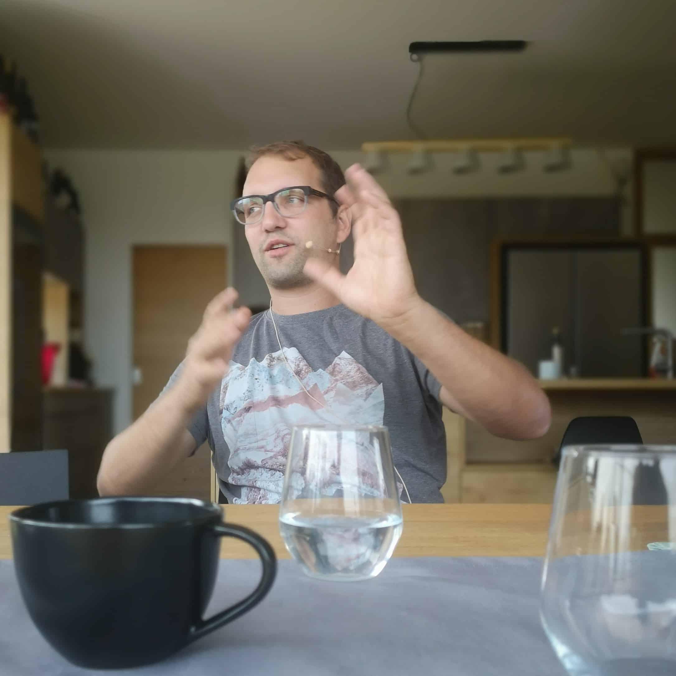 Christoph Unfried - Obstbauer ist grad sehr am erklären
